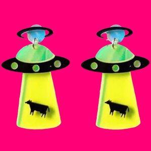 HP Weird UFO Beaming up Cow Earrings - Alien Swag
